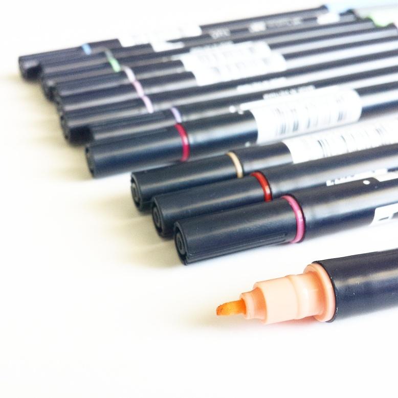Tombow dual brush pen - fine tip